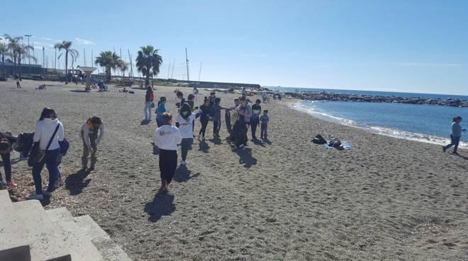 """riviera24 - """"M'IMporta"""" a San Bartolomeo al Mare"""