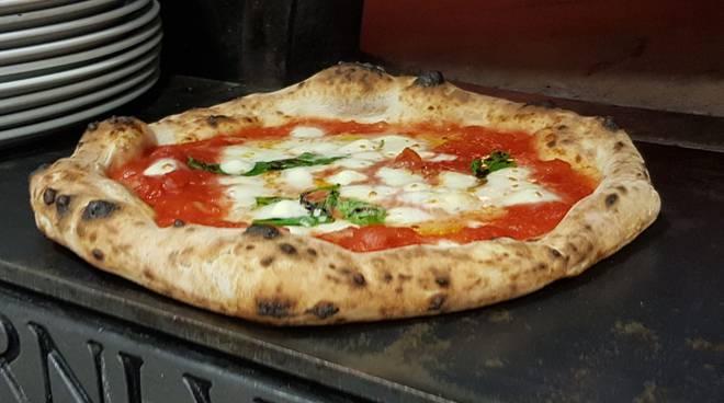 riviera24 - Pizza di Zero 81 a Ventimiglia