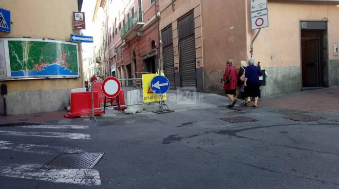 riviera24 - Telecamere in Via Cascione