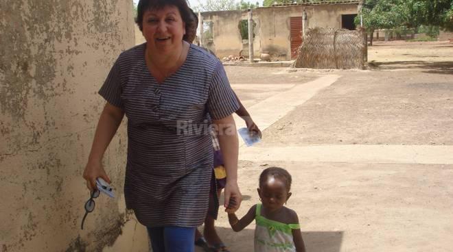 riviera24 - Visita di Mara Cassano al villaggio di Kienfangué