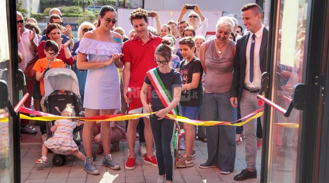 Taglio del nastro per la nuova piscina comunale di Taggia