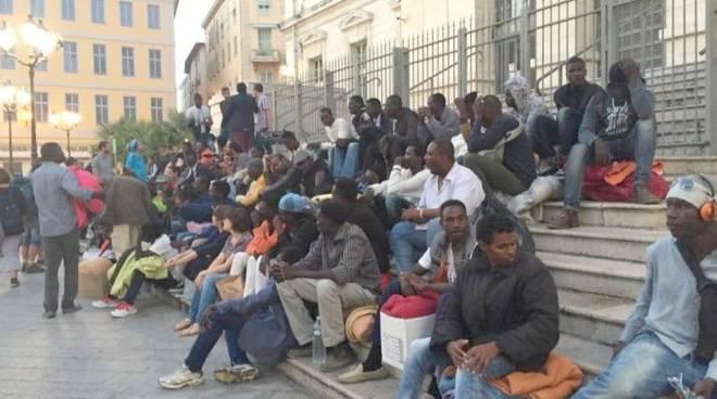riviera24 - migranti nizza