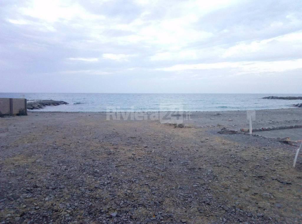 riviera24 - Spiagge per cani a Borgo Prino di Imperia