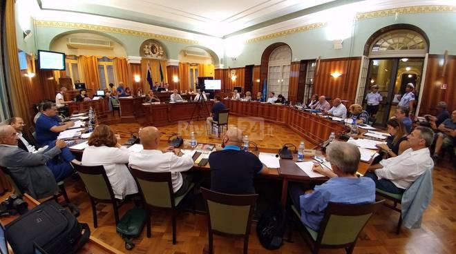 Consiglio comunale su Amaie Energia