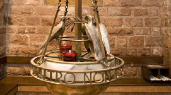 Lampade Ad Olio Per Esterni : Dal ponente in pellegrinaggio ad assisi per donare l olio della
