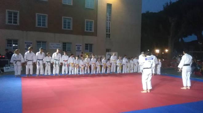 """riviera24 -  """"Judo sotto le stelle"""" a Ventimiglia"""