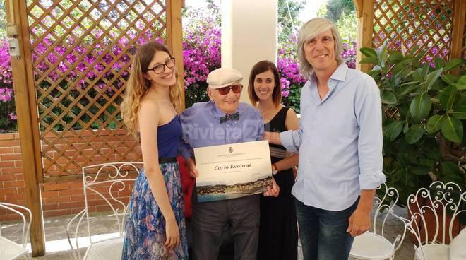 """Sanremo, Il signor Carletto oggi festeggia 105 anni. La ricetta della lunga vita? """"Lavorare e mai stancarsi"""""""