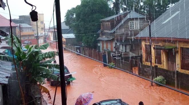 L'alluvione in Sierra Leone raccontato da Roberto Ravera