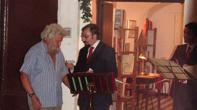 riviera24 - Biblioteca con Libereso