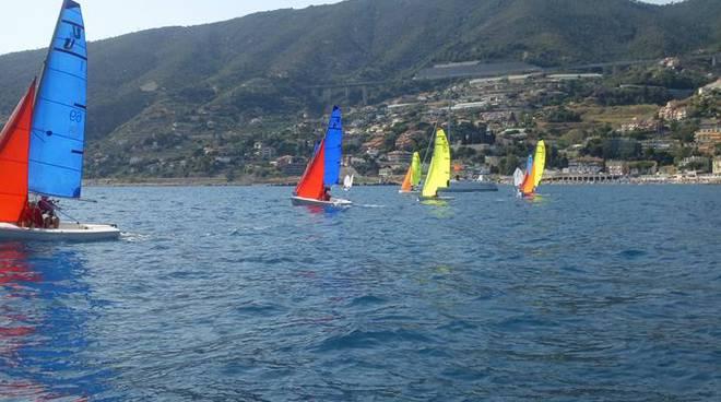 riviera24 - Circolo Velico ventimigliese alla regata di Ospedaletti
