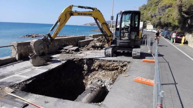 riviera24 - Rottura dell'acquedotto del Roja in località Galeazza