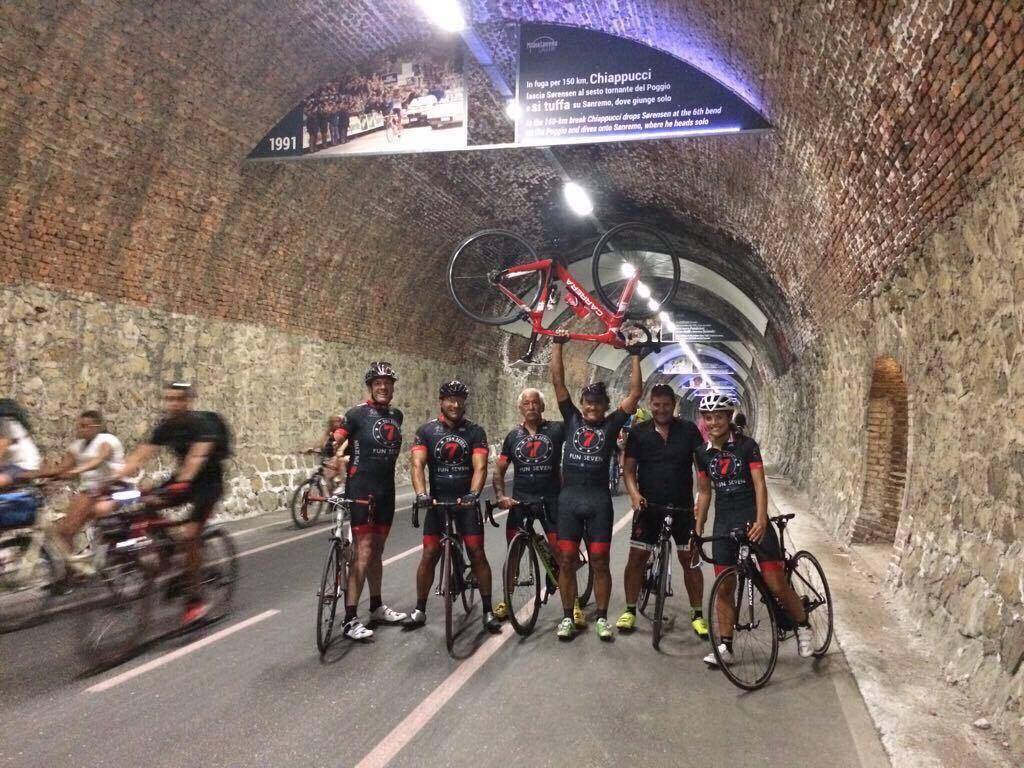 """riviera24 - Taggia, la """"Fun Seven"""" pedala con Chiappucci: """"El Diablo"""" è tornato in Riviera"""