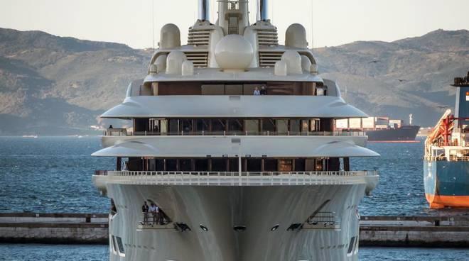 riviera24 -  yacht Dilbar