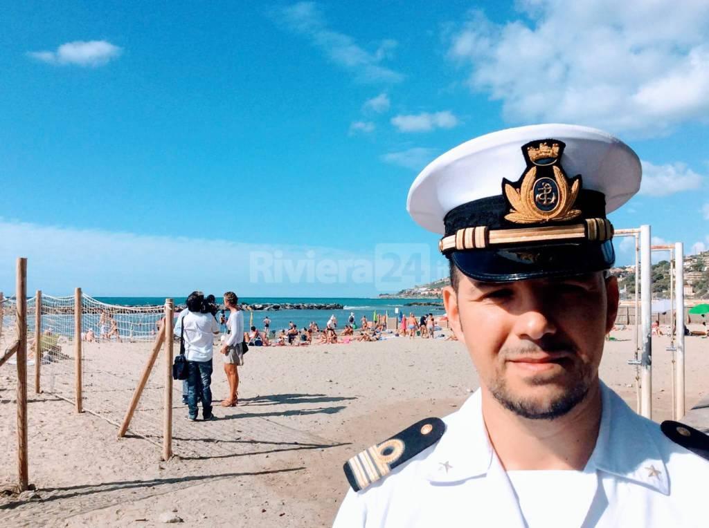 Vincenzo Fronte, guardia costiera