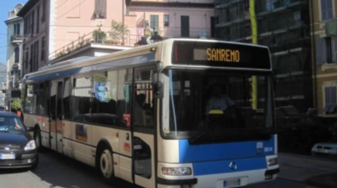 autobus riviera trasporti