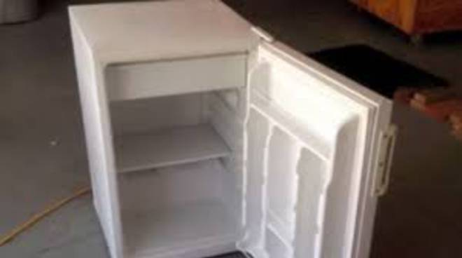 Chi vuole mobili usati (e non sempre funzionanti) può ...