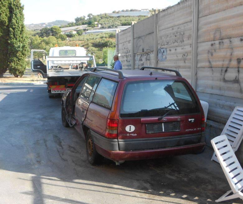Le operazioni di rimozione da parte della municipale