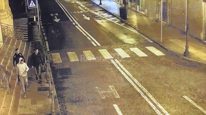 riviera24 - Sanremo, la polizia spedisce in carcere tre violenti rapinatori