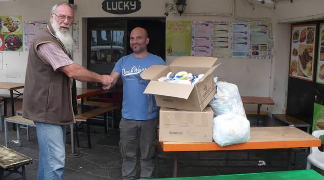riviera24 - Raccolta differenziata dei tappi di plastica