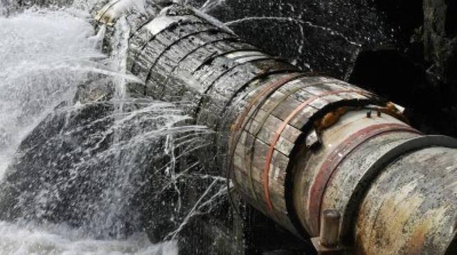 riviera24 - tubo rotto
