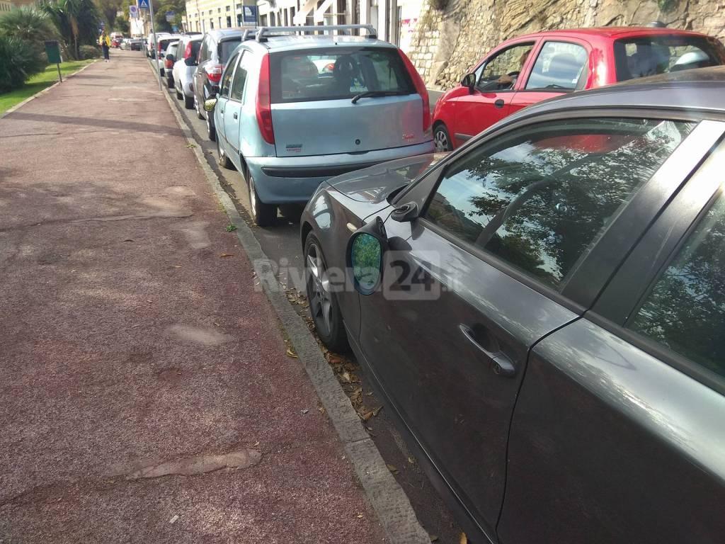 riviera24 - Vandali a Porto Maurizio