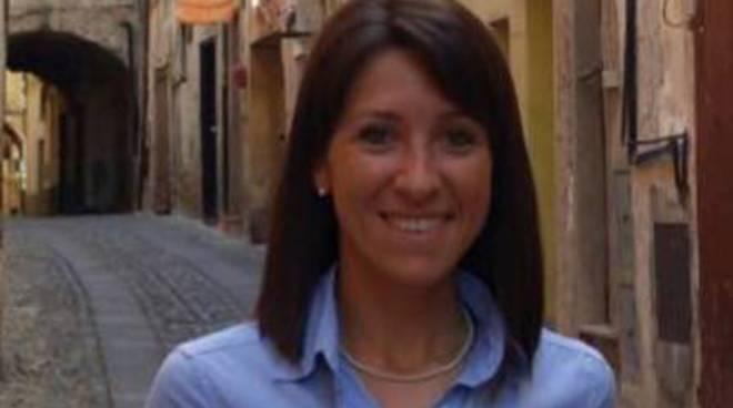 riviera24 - Laura Cane