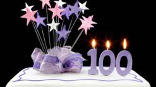 torta 100 anni