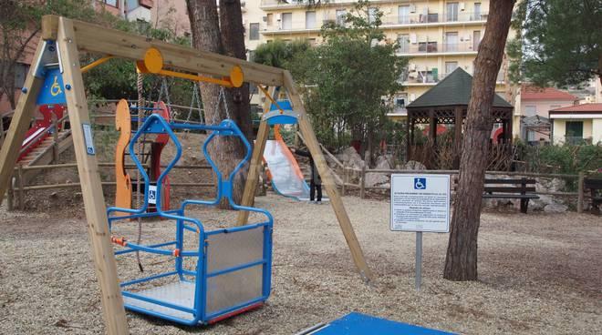 Parco giochi Viale delle Palme