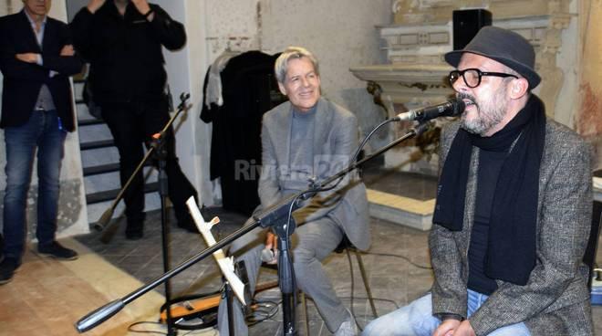 rivera24 - Sanremo, bagno di folla per Baglioni nella Pigna