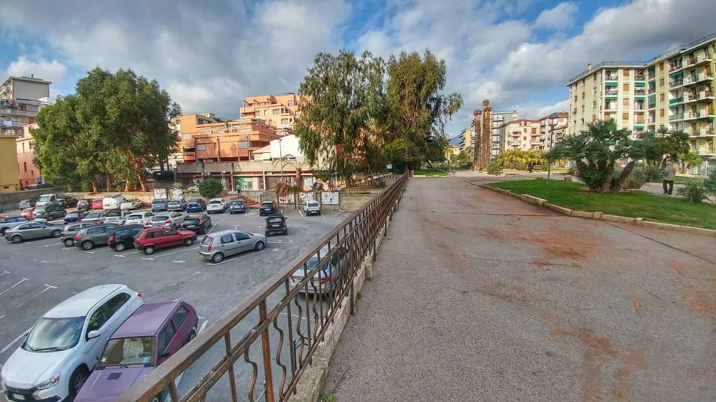 Riviera24-parcheggio viale delle palme