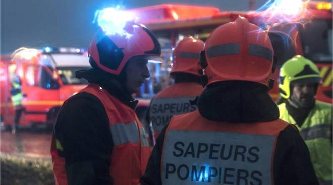 Francia, due elicotteri militari si scontrano: 5 morti