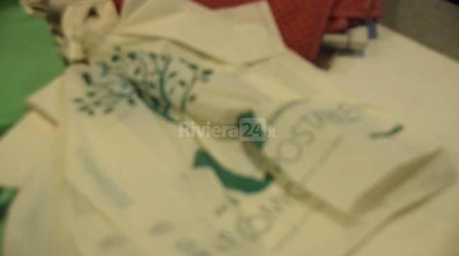 Sacchetti biodegradabili mercato annonario