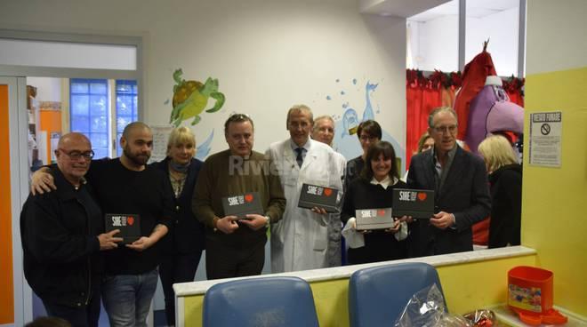 Sanremo, la Siae consegna i doni in pediatria