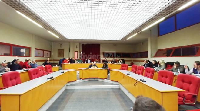 riviera24-consiglio comunale taggia