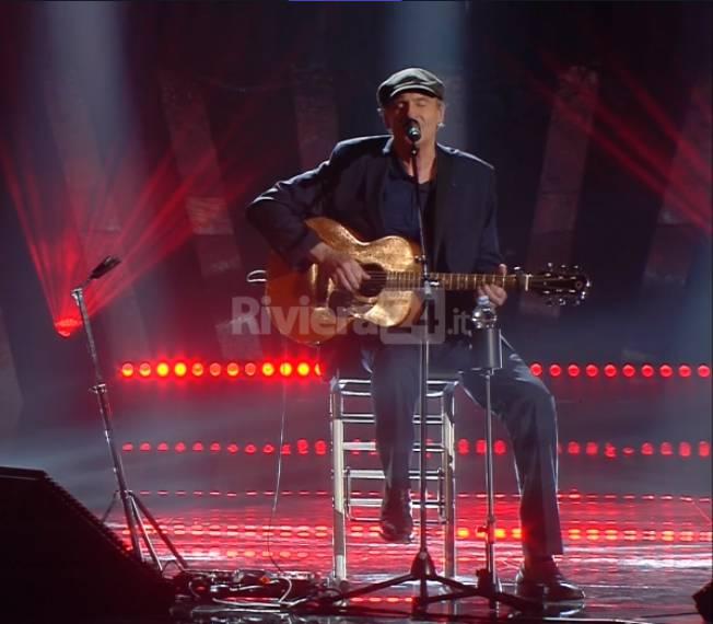 riviera24 - James Taylor