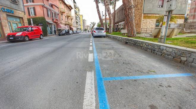 Riviera24-parcheggi blu a pagamento taggia