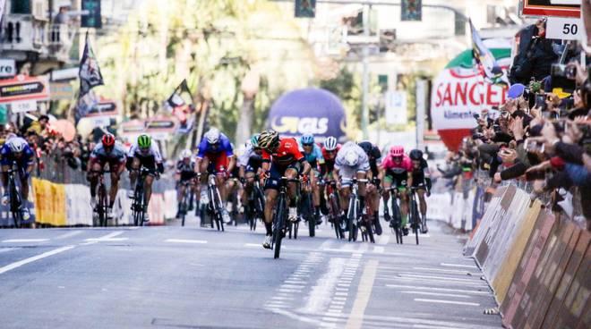 riviera24-Nibali riporta la Milano-Sanremo all'Italia