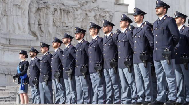 Imperia, la Polizia di Stato festeggia i 166 anni dalla sua ...
