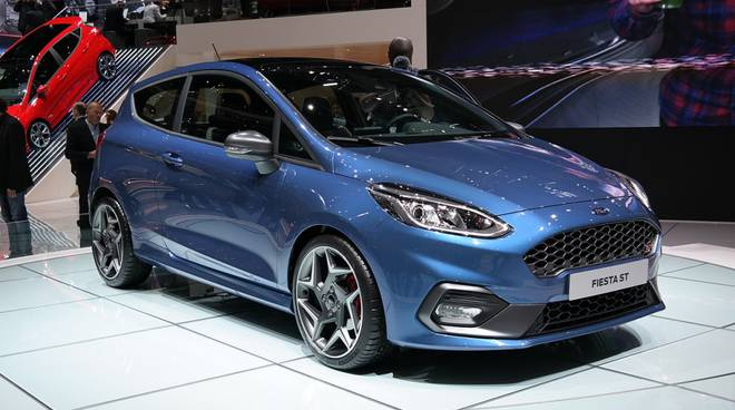 Mercato Auto Il è Stato Un Anno Doro Bene Anche Il - Mercato car show
