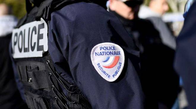 poliziotto francese