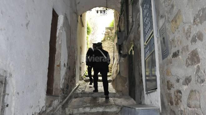 Beccato a spacciare droga a Catania, arrestato dai carabinieri
