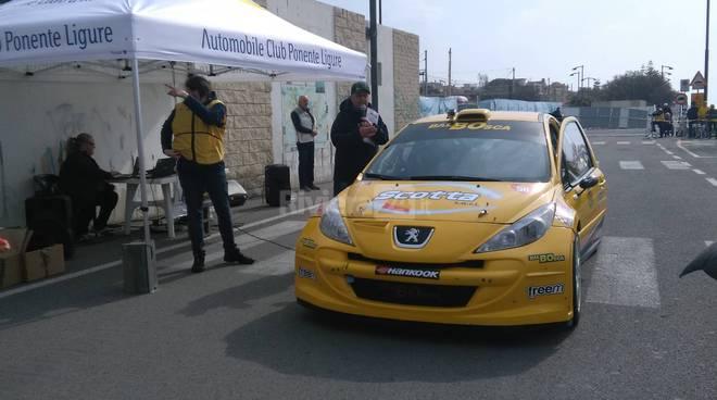 riviera24-  Gabibbo di Canale 5 alla Rally Terapia a Bordighera