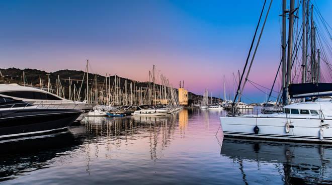 riviera24 - Porto Aregai
