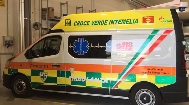 ambulanza intemelia croce verde