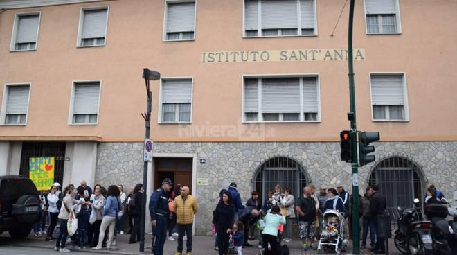 manifestazione scuola Sant'Anna