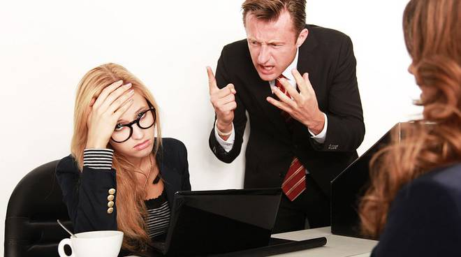 mobbing stress lavoro generica