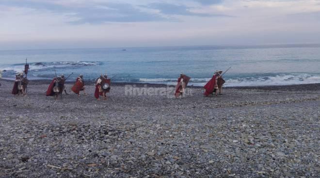 riviera24 - Vallecrosia si trasforma in un set cinematografico