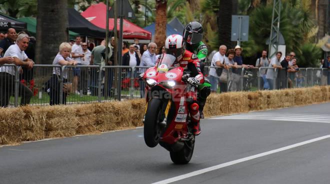riviera24-Ospedaletti, lo spettacolo delle moto e auto storiche alla rievocazione del Circuito