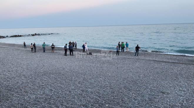 riviera24-Ventimiglia, migrante morto rivenuto in riva al mare
