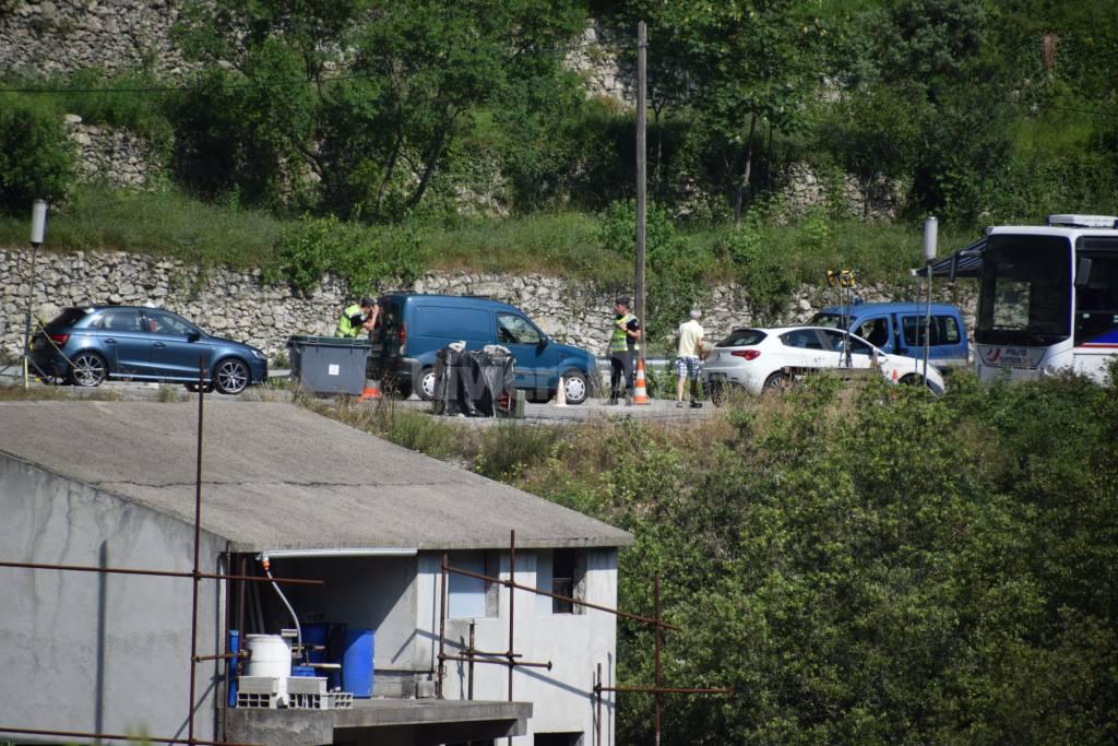 Controlli polizia francese in frontiera